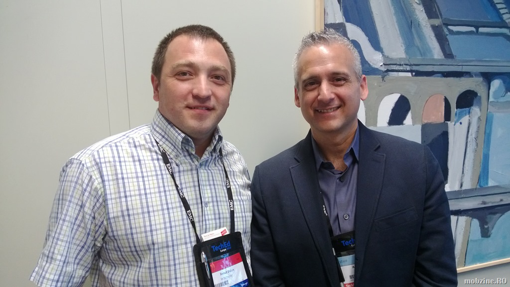 Ionut Balan (Mobzine) si Augusto Valdez (Microsoft) la TechEd 2013