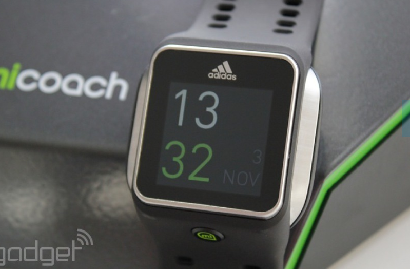 espectro Metropolitano Apelar a ser atractivo  Adidas miCoach Smart Run: smart watch sau doar bratara inteligenta?