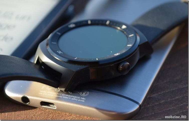 LG G Watch R 12