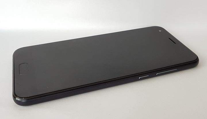impresii despre Asus Zenfone 4 (ZE554KL)