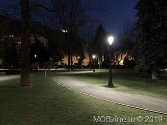 iPhoneXS_night_1