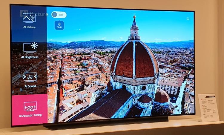AI Picture optimizează în timp real imaginile afișate pe ecranul lui LG OLED65C9PLA.