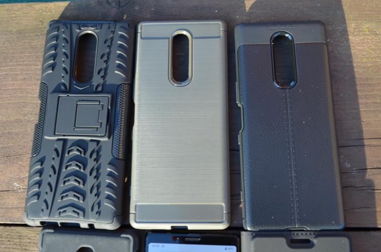 Huse CUBZ pentru Sony Xperia 1 de la MobileDirect.