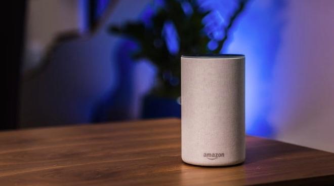 Utilizatorii Echo pot folosi gratuit Amazon Music, dar cu reclamă.