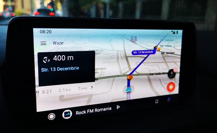 Cu Waze prin Brașov pe Android Auto în Mazda 6, 2019.