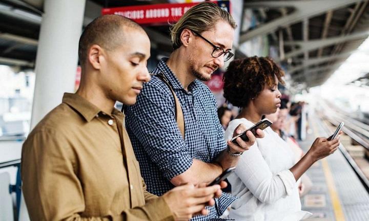 vanzari smartphone 2019