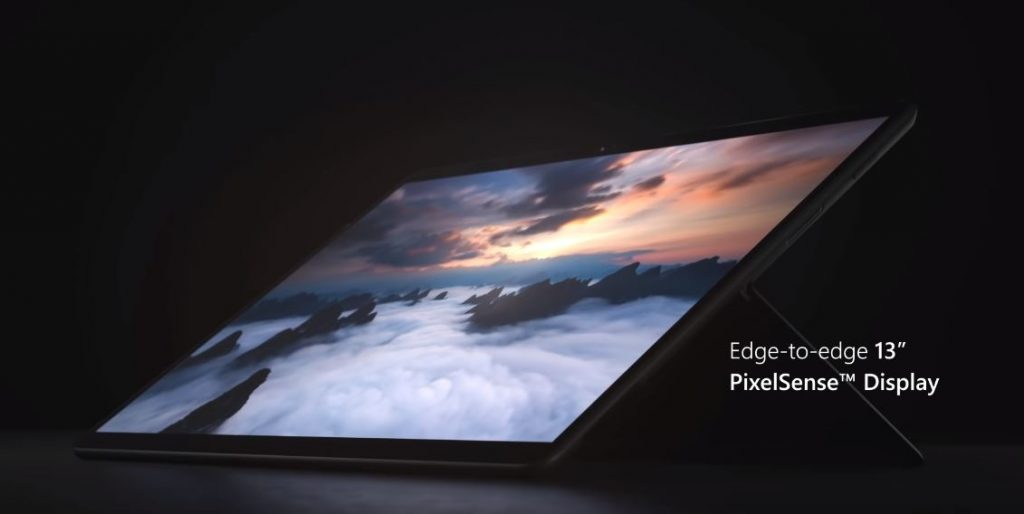 Acesta este Surface Pro X, laptop-ul hibrid pe platforma ARM, cu cipset-ul Microsoft SQ1, LTE și USB Type-C.