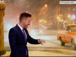 Un prezentator de vreme de la BBC a învățat pe propria piele că e mai bine să lași ceasul smart deoparte atunci când vrei să spui prognoza meteo.