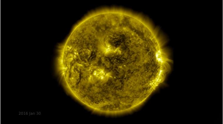 NASA a publicat un material video in care vedem in time-lapse ultimii 10 ani din evoluția Soarelui - așa arăta în 30 ianuarie 2016.
