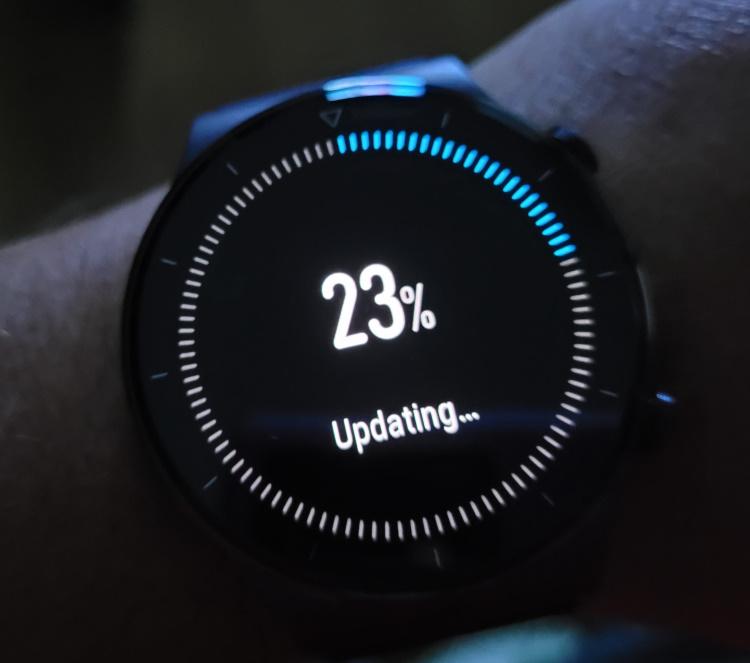 Cel mai nou update de firmware pentru ceasurile Huawei Watch GT2 Pro aduce suportul pentru monitorizarea permanenta a concentrației de oxigen (SpO2) din sânge.