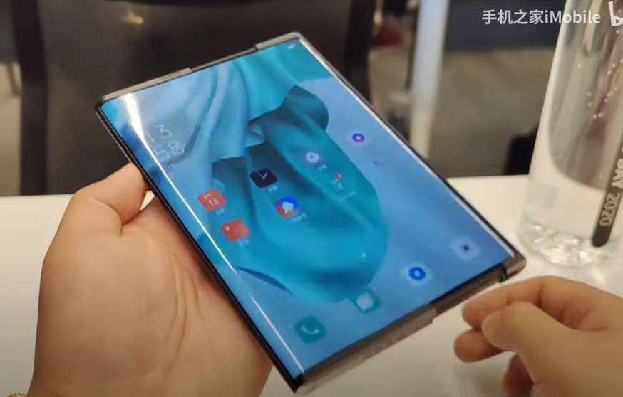 Oppo X 2021, un concept de smartphone cu ecran rulabil, prezentat la Oppo Inno Day.