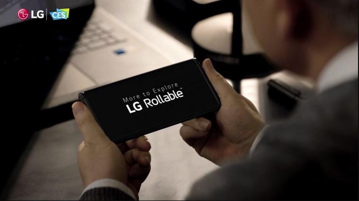 La CES 2021 LG ne arata telefonul sau cu ecran ce se poate rula