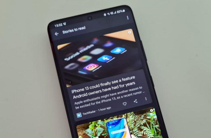 Opțiuni de Pixel pe Galaxy S21: odată cu noua interfață OneUI 3.1 de pe noile modele Galaxy S21 e posibil ca fluxul de știri să fie schimbat din Samsung Free în Google Discovery (Feed).