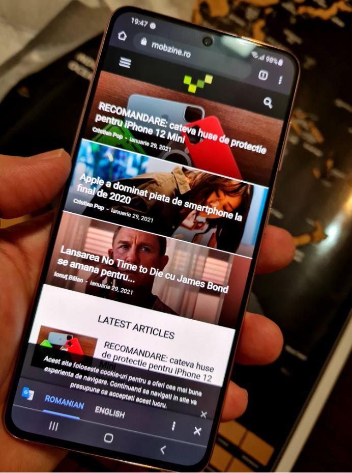 În mod implicit completarea automată a conturilor și parolelor pe Samsung Galaxy S21 cu Android este asociată cu Samsung Pass,dar ea poate fi schimbată cu Google și mai jos vedeți cum.