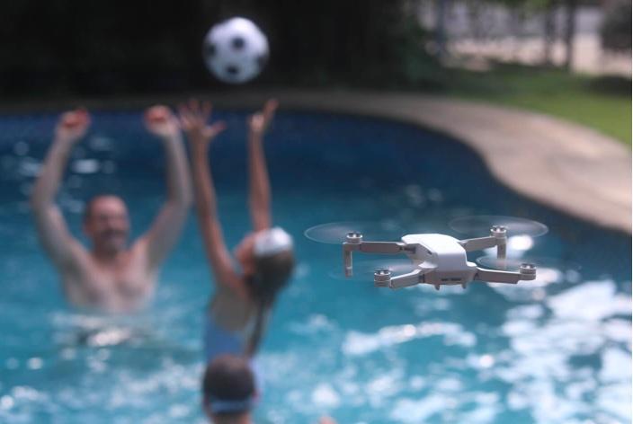DJI a lansat asigurarea pentru pierderea dronelor Mavic Air 2 și Mini 2, doar că nu e deloc ieftină.