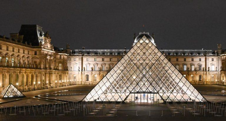 Toata colectia din muzeul Luvru este accesibila online, cu acces gratuit