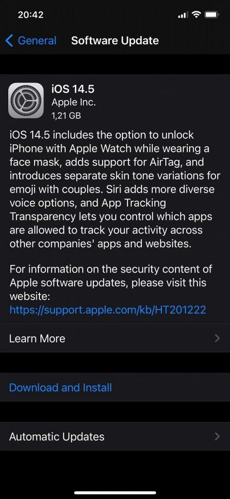 iOS 14.5 aduce suportul pentru deblocarea cu Face ID și când e purtată masca, recalibrarea bateriei și multe alte chestii noi.