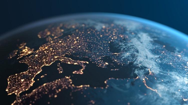 Microsoft: datele generate in UE vor fi stocate si prelucrate tot in UE