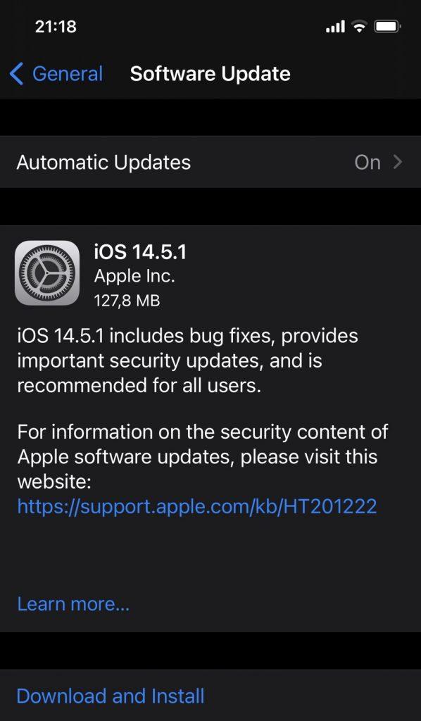 iOS 14.5.1 lansat aseară de Apple repară două vulnerabilități critice din motorul WebKit, folosite deja de hackeri pentru a ataca aparatele iOS.