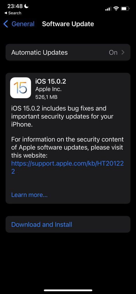 Apple lansează iOS 15.0.2 cu patch pentru o vulnerabilitate 0day și câteva bug-uri enervante.