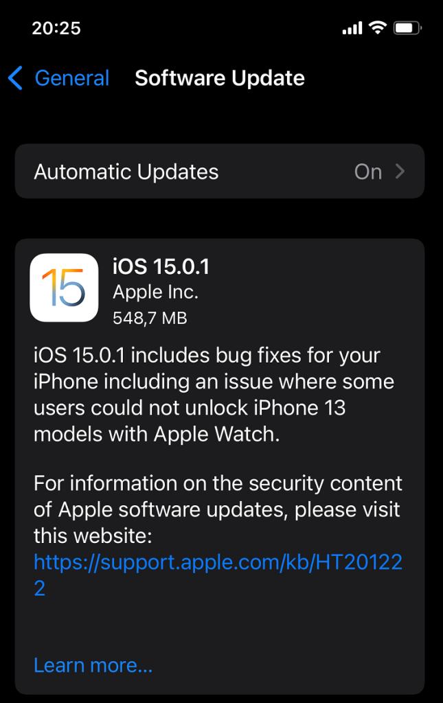iOS 15.0.1 e lansat oficial și repară printre altele problemele de unlock cu Apple Watch și notificarea not enough storage space care nu dispare.